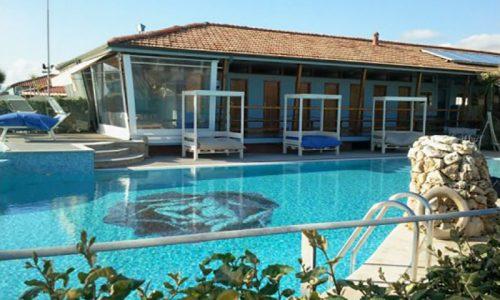 Bagno a Marina di Pietrasanta con piscina, Stabilimento Balneare a Marina di Pietrasanta, Bagno Grazia, Bagno con Piscina con acqua di mare riscaldata
