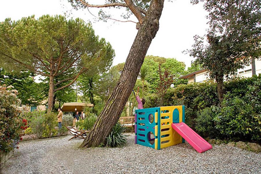 Hotel a Forte dei Marmi, area giochi per bambini hotel La Pace