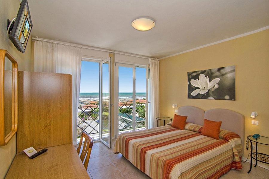 Hotel a Marina di Pietrasanta, camera hotel Bencistà a Marina di Pietrasanta