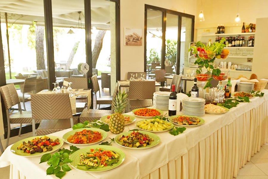 Hotel a Marina di Pietrasanta, buffet hotel Milton