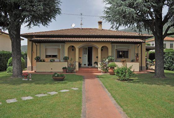 case nel comune di Seravezza