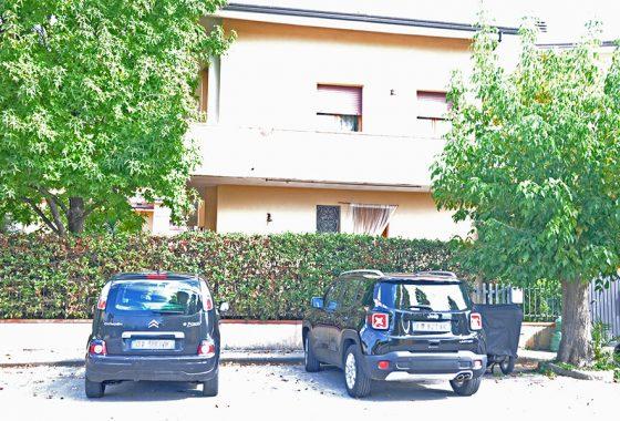 casa a Seravezza, villetta a schiera d'angolo nel comune di